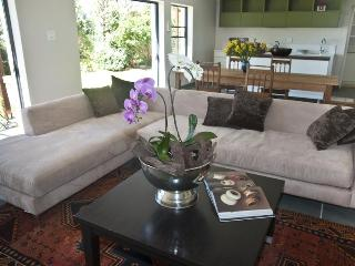 Yonder Hills, garden with pool, tennis court - Cape Town vacation rentals