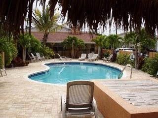 Tropical Coconut Villas - Redington Shores vacation rentals
