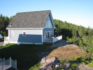 Eagles Cliffe Cottages WOW oceanview simple luxury - Newfoundland and Labrador vacation rentals