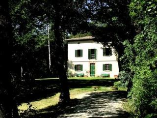 Near Urbino, Picture-perfect Renaissance Villa in Urbania, Le Marche - Frontino vacation rentals