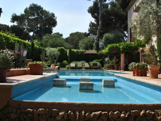 Cap d'Antibes: French Riviera Villa with Pool and Sea Views - Le Rouret vacation rentals