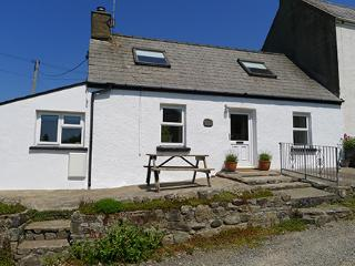 Holiday Cottage - Bwthyn Beatties, Newgale - Newgale vacation rentals