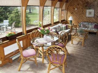 Sunroom comfort, spread-out room for everyone - Berkshires vacation rentals