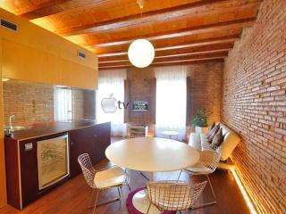 Born Romantic Center Apartment near the beach - Madrid vacation rentals