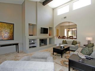 111LQ - La Quinta vacation rentals