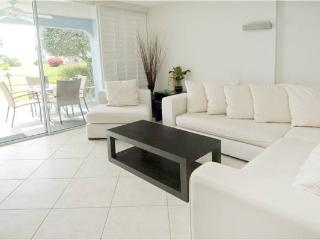 SILVER SANDS CONDOS-UNIT #13 - Seven Mile Beach vacation rentals