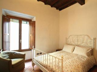 Mimosa Flat Rentals in Pnte Vecchio, Florence - Florence vacation rentals