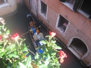 Happy Venice Apartment - Portegrandi vacation rentals