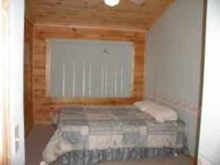 Cabin #9 - Bear Den - Almond vacation rentals