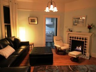 Exquisite Modern Comfort & Spa - Portland vacation rentals