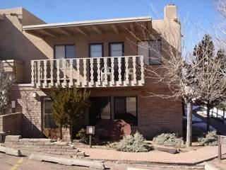 Front of the Townhome - Artist Retreat Close to Plaza & Ski/ Indoor Pool - Santa Fe - rentals