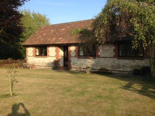 The Bungalow, Lower Church Farmhouse, near Bath - Bath vacation rentals