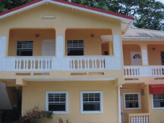 HILLTOP VIEW APARTMENT - Marigot Bay vacation rentals