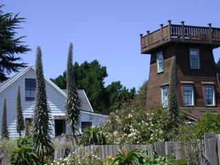 Mendocino Tower in the Historic District - Mendocino vacation rentals