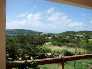 Peaceful and beautiful surroundings, comfortable - Culebra vacation rentals