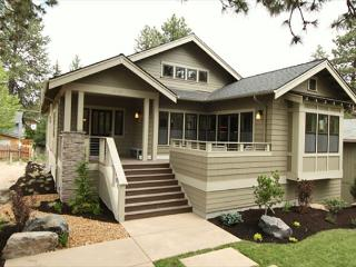 An amazing new home placed in the perfect downtown spot, impressive!. - Redmond vacation rentals