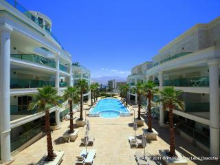 Luxurious pool-side garden apt - Eilat vacation rentals