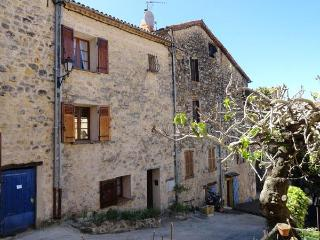 Cozy House with a Terrace and Fireplace, in Fayence, Provence - Fayence vacation rentals