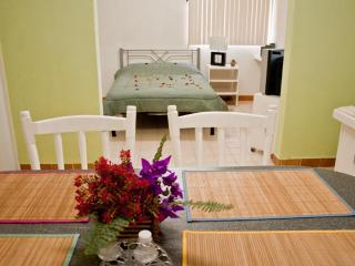 I GOOD LOCATION AND PRICE, NICE, CLEAN AND COMFORT - Baja California Sur vacation rentals
