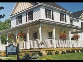Comfortable  B&B accommodations - gourmet breakfas - Niagara-on-the-Lake vacation rentals