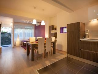 Feels like home app  4* in center,  free parking - Zagreb vacation rentals