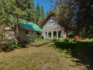 Cozy, private retreat one mile from Payette Lake! - McCall vacation rentals