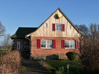 Vacation Apartment in Hof Kreien - natural materials, barrier-free, relaxing (# 3836) - Kreiensen vacation rentals