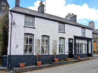 ARWEL, woodburner, fantastic location, en-suite facilities, in Capel Garmon near Betws-y-Coed, Ref 22455 - Gwynedd- Snowdonia vacation rentals