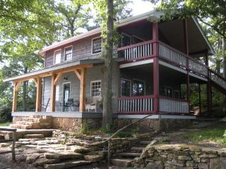Raven Ridge Lodge - Spectacular Views! - Heart of Appalachia vacation rentals