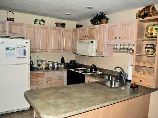 470 Laurelwoods~At Big Boulder Lake~Indoor Hot Tub - Lake Harmony vacation rentals