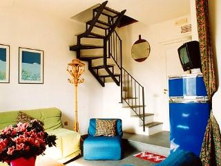 Best apartment elegant central area near sea wifi - Naples vacation rentals