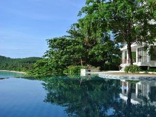 Bann Sanehchandra : 4 bed rooms ocean front villa - Phuket vacation rentals