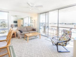Redondo Delight - Mission Beach Relaxing 1BR. Open June 27 - July 3. Make an offer! - Mission Beach vacation rentals