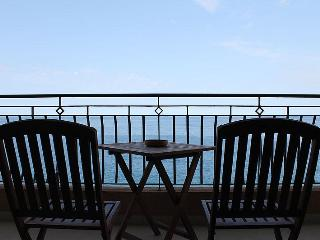 Modern 3 Bedroom A/C Seafront Apt FREE Wifi L6 - Island of Malta vacation rentals