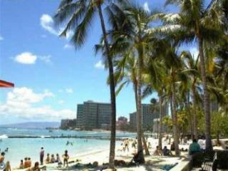 Waikiki Beach - Waikiki Honolulu Vacation Rental - Studio Sleeps 4 - Honolulu - rentals