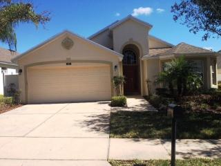 FREE pool heat, gated community minutes to Disney - Davenport vacation rentals