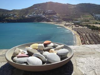 HOUSE (3 PRIVATE BEDROOMS) BY THE BEACH OF KALO LIVADI WITH SEA VIEW - Kalo Livadi vacation rentals