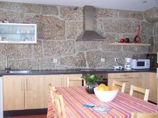 Casa da Luz - Between Braga and Peneda Geres Natio - Amares vacation rentals