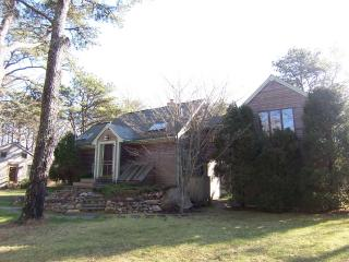 #1032 Located just 2 miles +/- from Sepiessa Point Beach - West Tisbury vacation rentals