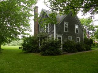 #1069 Mill Pond House is a restored 1890's farmhouse - Fall River vacation rentals