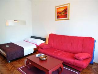 Happy Home Apartmant Zagreb - Zagreb vacation rentals