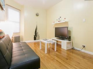 NEW - 2 Bedroom - Minutes from Manhattan!!! - Astoria vacation rentals