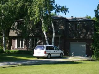Year-Round Vacation Home with Pool, Georgian Bay - Ontario vacation rentals