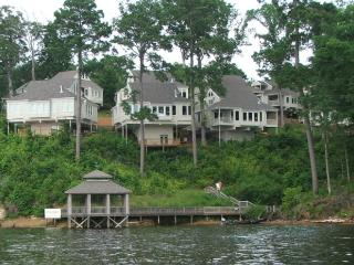 Toledo Bend - Cypress Bend Resort 4 BR Villa - Incredible Lake Views - Many vacation rentals