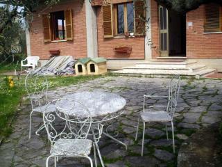 Wide Apartment Near The Lake - Tuoro sul Trasimeno vacation rentals