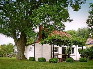 A fairy tail guest house for 2 with endless view to relax, rethink and reload - Zeeland vacation rentals