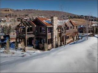 Large & Luxurious Duplex - Spread Out Over Three Levels (25002) - Utah Ski Country vacation rentals