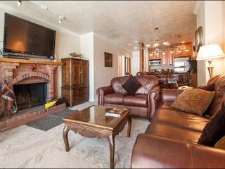 Updated & Refurnished Condo - Great Location at the Base of the Resort (25005) - Park City vacation rentals