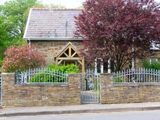 2 CADLE MILL COTTAGES, semi-detached, woodburner, off road parking, garden, in Swansea, Ref 906748 - Porthcawl vacation rentals