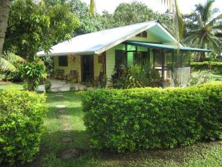 fare opuhi - Society Islands vacation rentals